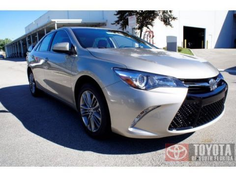 New 2015 Toyota Camry SE FWD 4dr Car